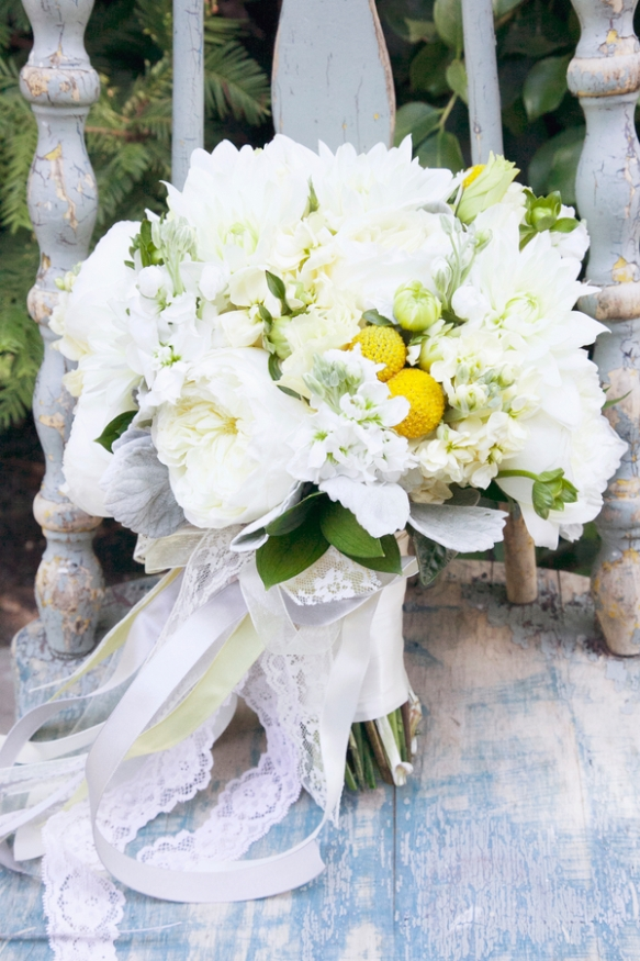 white and yellow rustic chic bouquet